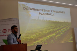Akademia-Uprawy-Truskawki-we-Wrocławiu